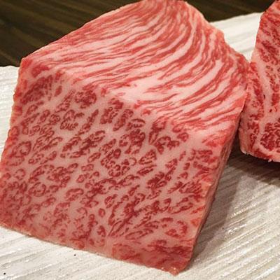 北海道産和牛のカルビが入荷しております♪
